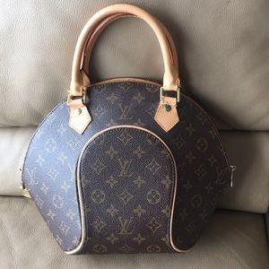 Louis Vuitton bag 💼 authentic